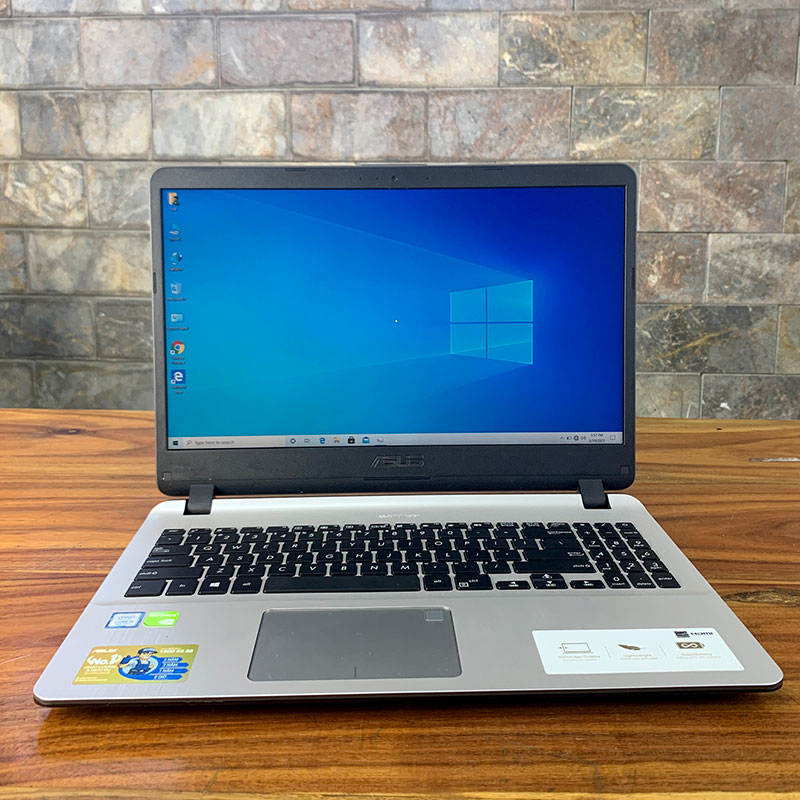ASUS X507 là dòng laptop giải trí có thiết kế đẹp, kèm cấu hình tốt, có thể dùng để chơi game hoặc làm đồ họa tốt