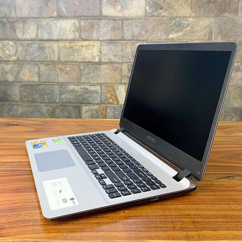 ASUS X507 là laptop vga rời giá rẻ, khả năng nâng cấp tốt