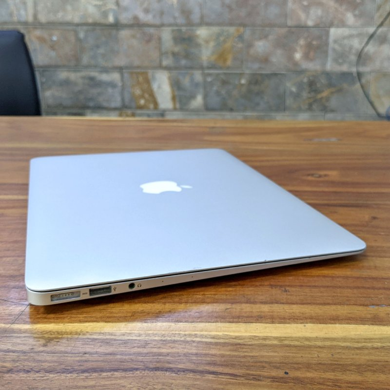 Macbook Air 13.3 2014 - MD760B loa hay vô địch trong dòng laptop mỏng nhẹ